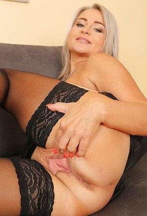 Blonde Milfs Porn