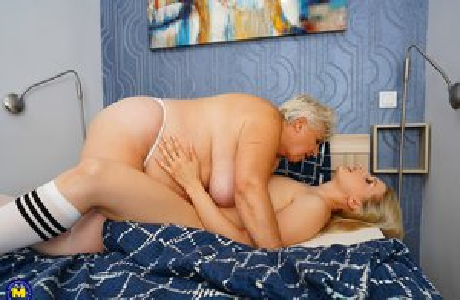 Lesbian Humping Porn
